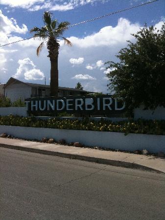 Thunderbird Hotel 사진