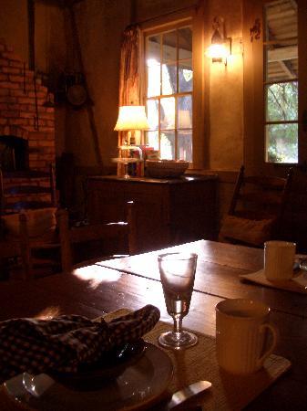 Maison Madeleine: breakfast