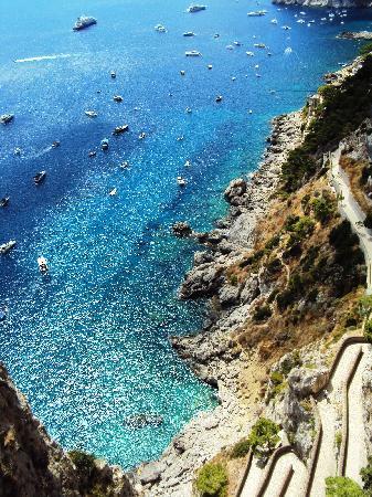Capri, Italia: via Krupp dai giardini di Augusto