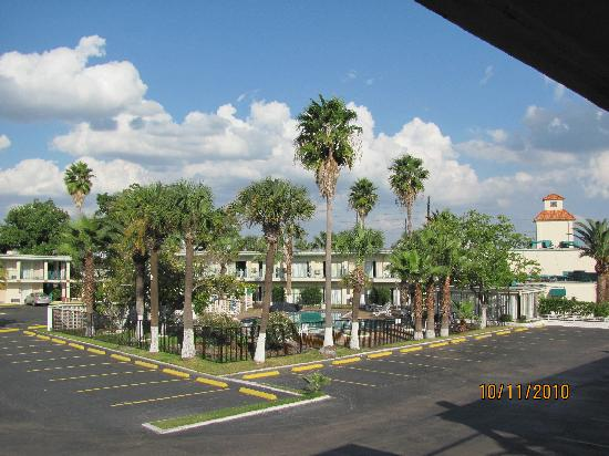 Medical Center Inn & Suites: Well Maintained