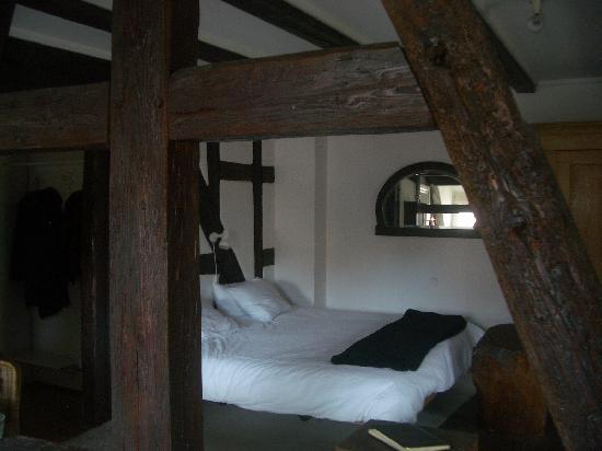 Le Bastion de Riquewihr : Le coin chambre