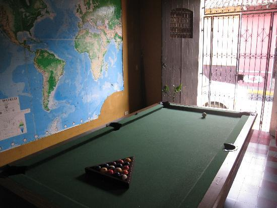 Hostal La Tortuga Booluda: Pool Table