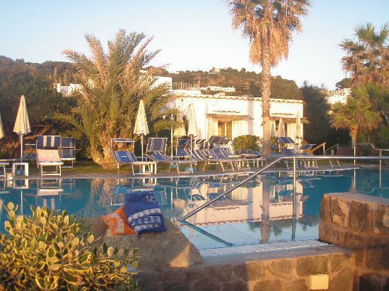 Hotel Tritone Wellness Center: piscina