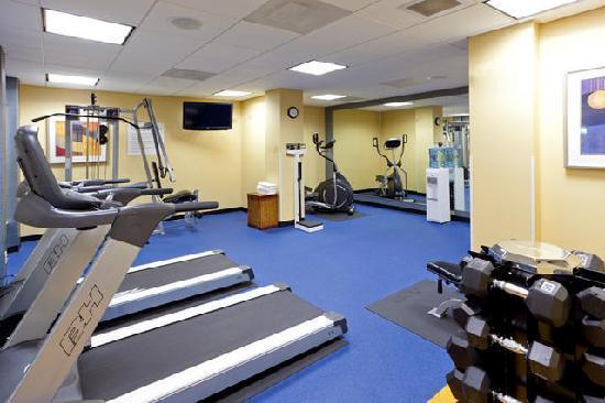 Holiday Inn Express & Suites Alexandria-Fort Belvoir: Fitness Center