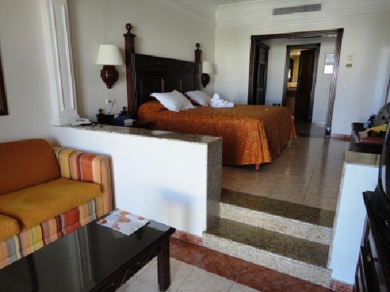 Entrace To The Riu Picture Of Hotel Riu Palace Cabo San Lucas Cabo San Lucas Tripadvisor