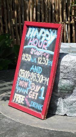 Kirikayan Boutique Resort: Happy Hour