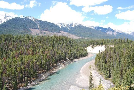 Radium Hot Springs, Canada: The VIews!!!!