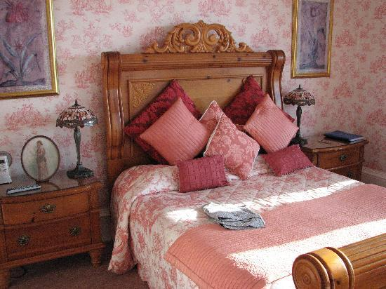 Alltavona Guest House: Lovely decor in our bedroom