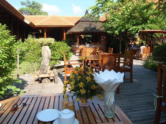 Rupar Mandalar Resort: Breakfast area