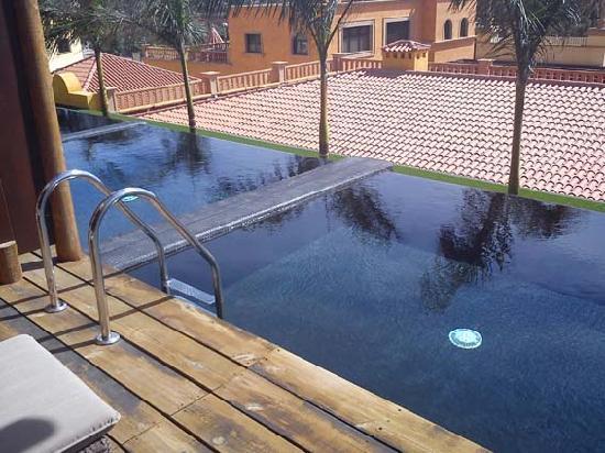 Piscina privada fotograf a de lopesan baobab resort meloneras tripadvisor - Habitacion piscina climatizada privada ...