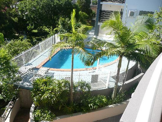 Wellington Apartment Hotel: Swimming Pool