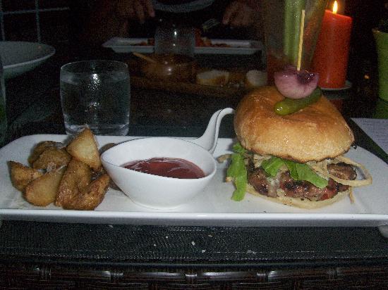 Hockley Valley Resort: dinner4