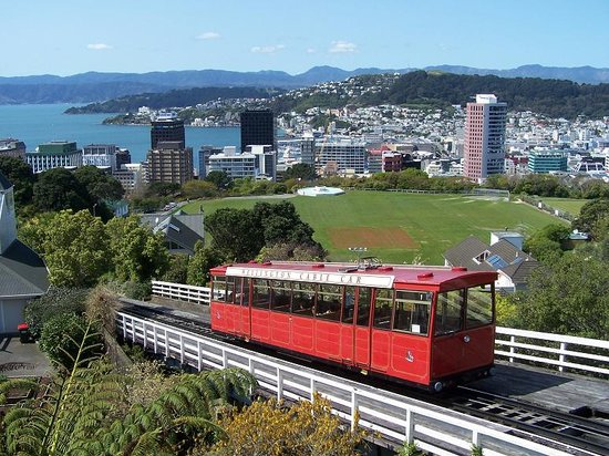 Wellington Cable Car: Picture Of Wellington Cable Car
