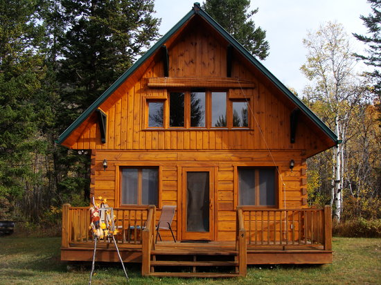 Windermere Creek Bed and Breakfast Cabins: Your own private cabin
