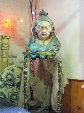 Grainstore Gallery: Queen Victoria