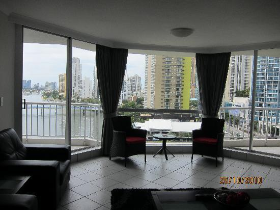 Moorings on Cavill Avenue : From the living room