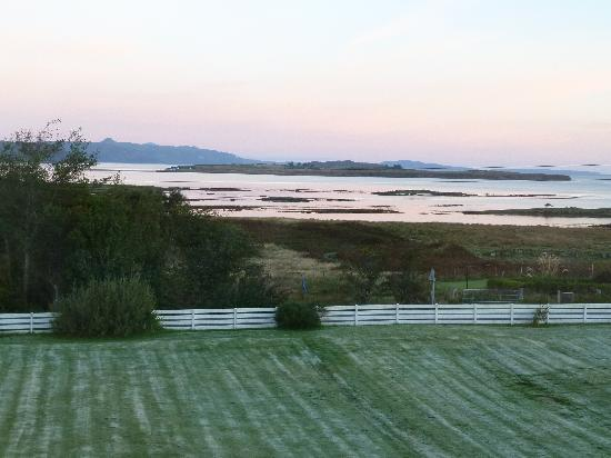 Strathgorm Bed and Breakfast : View from B&B window early morning