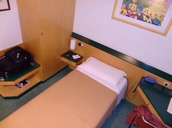 Arizona Hotel Milan: Zimmer