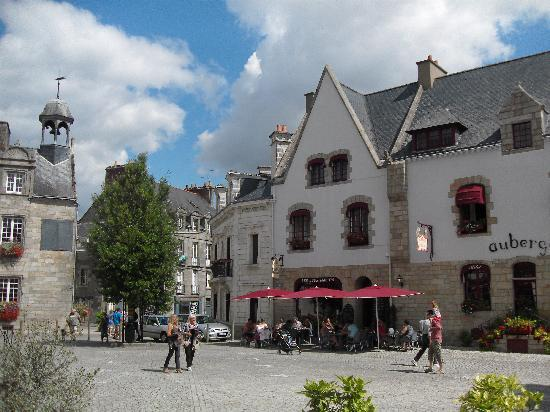 La Roche-Bernard, France: The Main Square