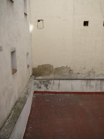 Hostal Oriente: Room 113 view