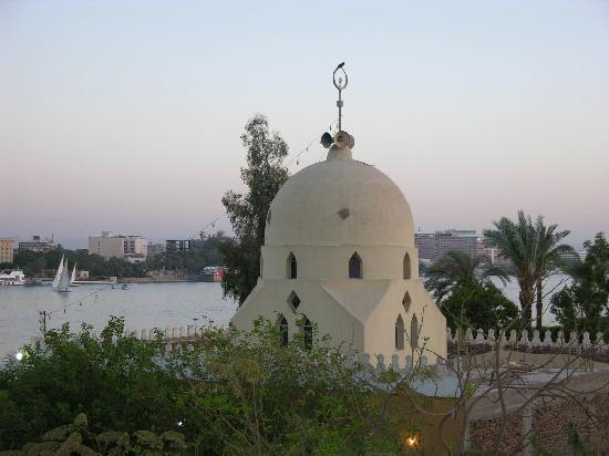 Senmut Luxor B&B: vue sur le vil de la terrasse