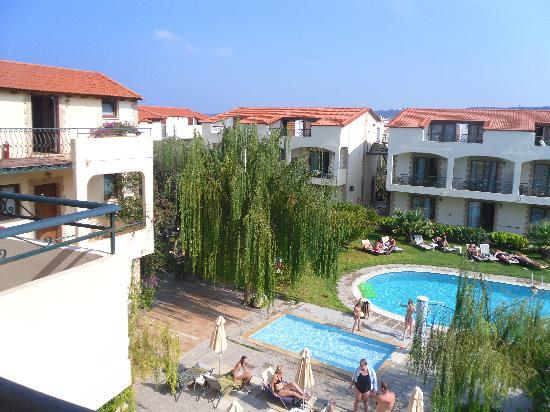 Villas Duc-Rhodes: Hotellets ena Egna katt!