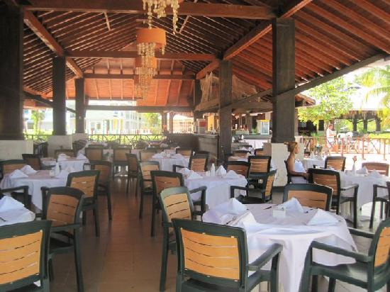 Grand Paradise Playa Dorada: the restaurant