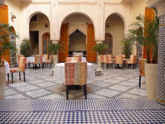 Riad Andalib : Le riad