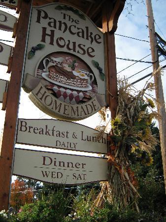 The Pancake House and Christmas Shop: Entrance to Pancake House