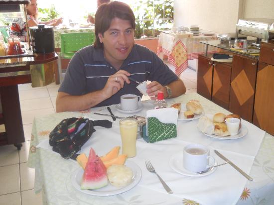 Hotel Casa de Praia : Desayuno
