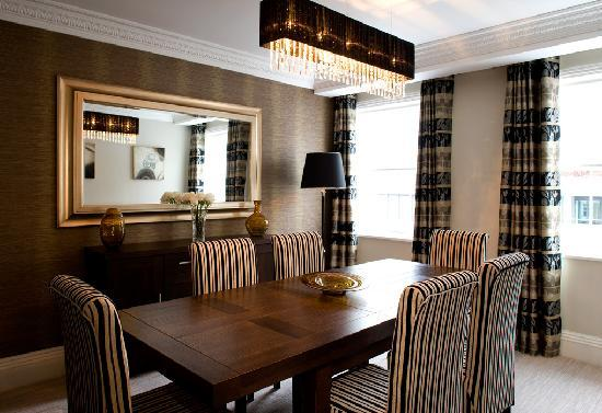 Beaufort House: Our larger apartments have a separate dining room and sitting room