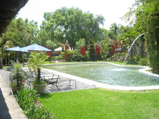 Hacienda Tzintzimeo: ALBERQUITA