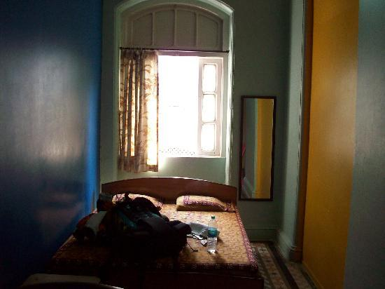 Carlton Hotel Mumbai: room
