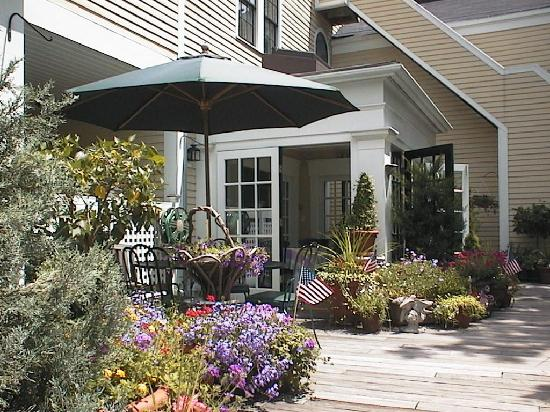 Mary Prentiss Inn: the deck where I ate breakfast