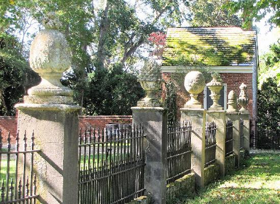 Westover Plantation: Fence in rear of home with specific meaning to the finials