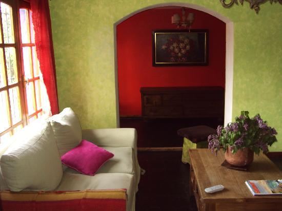 La Justina Hostel: Living