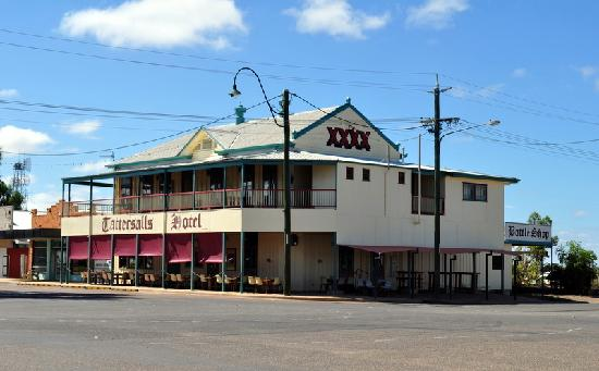 Outback Motel: Fantastic pub with great food & staff, about 100 metres from the motel