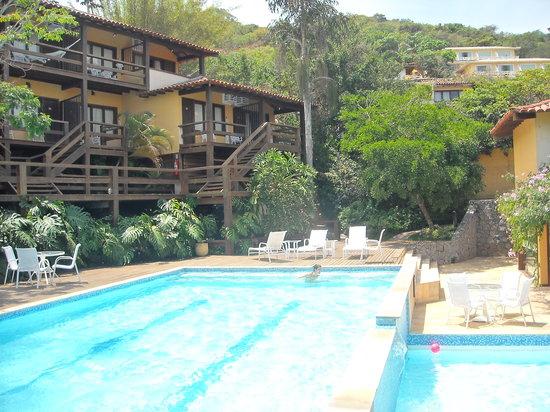 Hotel La Foret: La pileta de la pousada