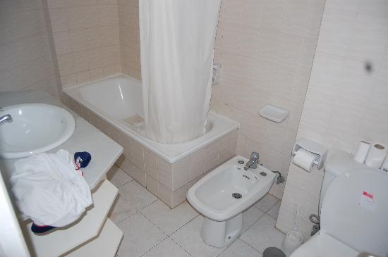 Ponderosa Apart Hotel: Toilet