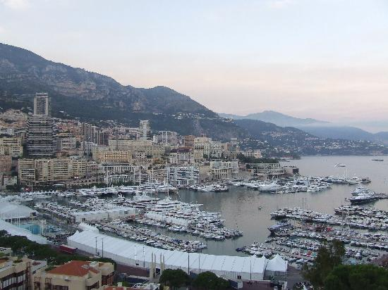 Quality Hotel Mediterranée : MONACO VIEW OF CITY