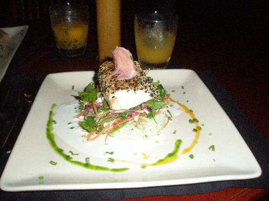 Viet Lac Restaurant, Hoi An: Sesame Crusted White Tuna($8.50)