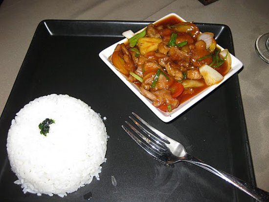Two Chefs - Karon Beach: Pork with sweat and sour sauce wich turned out to be sweet as honey
