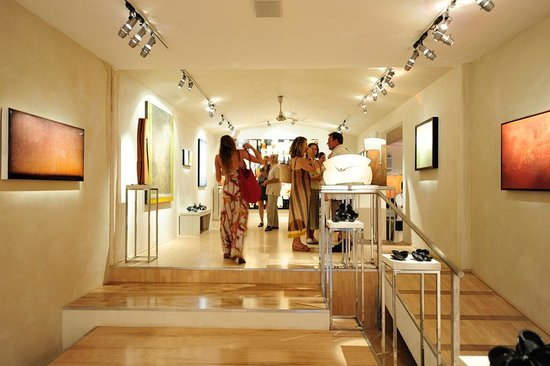 Paia Contemporary Gallery - Maui Hawaii Gallery
