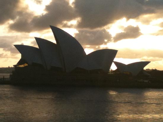 Park Hyatt Sydney: first morning view at 6 AM! no where else in the world!