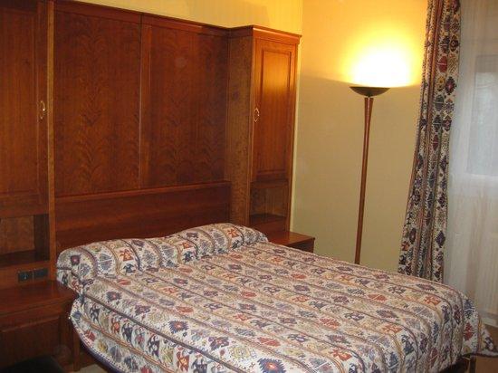 Hotel Chantecler : Bedroom