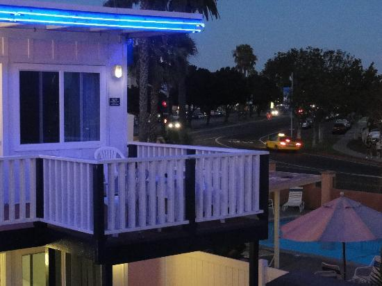 Dolphin Motel: View of balconies