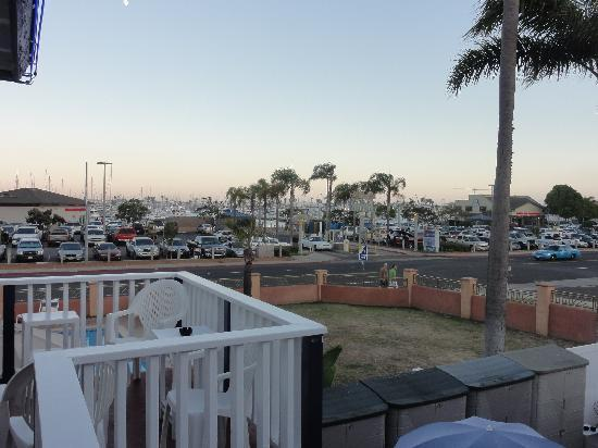 Dolphin Motel: View of the harbor from our room