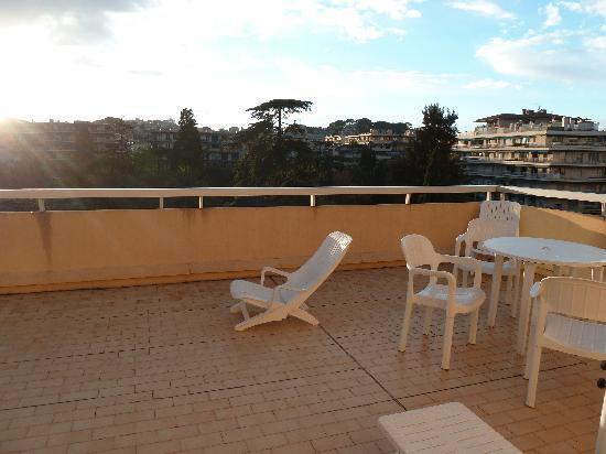Le Massena Residence Cannes: Terrasse von 606