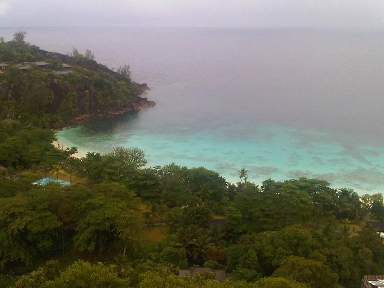 Four Seasons Resort Seychelles: View from lobby