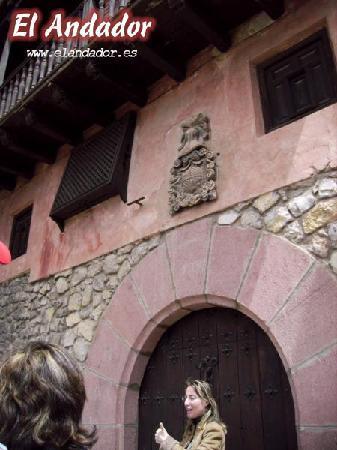 Albarracin, Spanje: El Andador - Guias Oficiales: Casa Perez y Toyuela